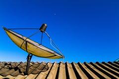 stor satellit för maträtt Royaltyfri Fotografi