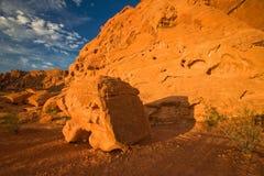 Stor stenblock på dalen av brand i Nevada Fotografering för Bildbyråer