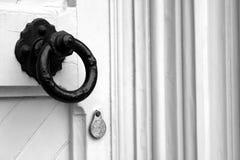 Stor svart dörrknopp Fotografering för Bildbyråer
