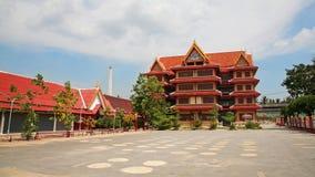 Stor tempel i Pathumthani, Thailand Royaltyfria Foton
