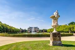 Stor trädgårds- slott Dresden royaltyfri foto