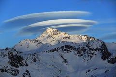 Stor ufo, toppmöte Bellecote, La Plagne, Frankrike Arkivfoto