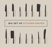 Stor uppsättning av kökknivar med namn Royaltyfria Foton