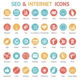 Stor uppsättning av SEO och internetsymboler Royaltyfria Bilder