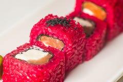stor uppsättning med sushi och rullar Royaltyfri Foto
