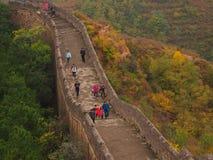 Stor vägg av Kina i höst royaltyfria bilder