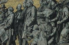 Stor väggmålning av en monterad procession av linjalerna av Sachsen Arkivbild