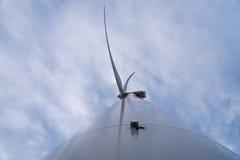 Stor vindturbin arkivfoto