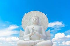 Stor vit buddha bild Arkivfoton