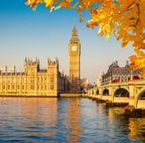 Stora Ben och hus av parlamentet, London Arkivbild