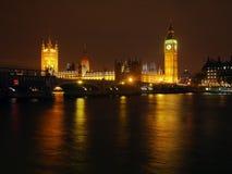 Stora Ben och husen av parlamentet royaltyfria foton