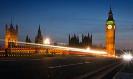 Stora Ben och parlament på natten Arkivbilder