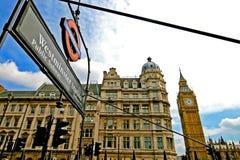 Stora ben och Westminster station Royaltyfria Bilder