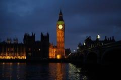 Stora Ben står hög i London Arkivfoto