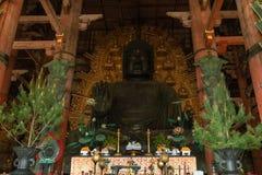 Stora Buddha eller Daibutsu, bronsstaty av Buddha Vairocana Royaltyfri Fotografi