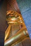 stora buddha guld- statyer Royaltyfri Bild