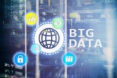 Stora data som analyserar serveren Internet och teknologi vektor illustrationer