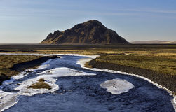 Stora- Dimon over het vlakke Vulkanische Slib en de As delt van Markarfljot, IJsland Royalty-vrije Stock Afbeelding