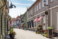 Stora Gatan, die alte Hauptstraße von Sigtuna Stockfotografie