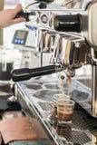 Stora head elegant för kaffebryggare två Royaltyfria Bilder