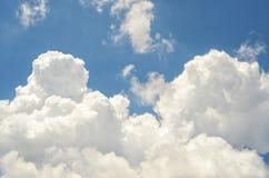 Stora himmel och moln Royaltyfria Foton