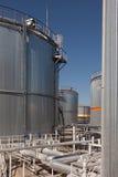 Stora irombehållare på en fabrik royaltyfri foto