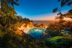 stora Kalifornien faller mcway sur Royaltyfri Foto