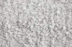 Stora kristaller av naturlig salt bakgrund Arkivbild