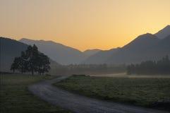 stora liggandebergberg Fotografering för Bildbyråer