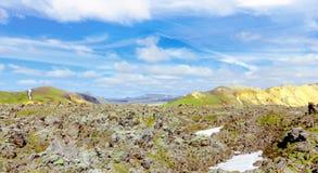 stora liggandebergberg iceland Landmannalaugar Fjallabak naturreserv arkivfoto
