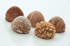 Stora lyxiga choklader Arkivbild