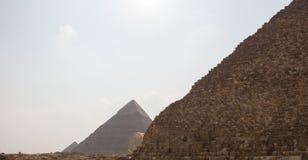 Stora pyramider av Gizah i Kairo, Egypten Arkivfoton