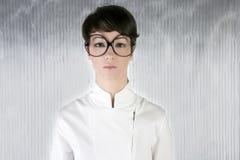 stora roliga futuristic exponeringsglas blidkar kvinnan Arkivbilder