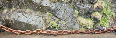 Stora rostiga chain sammanlänkningar Royaltyfria Bilder