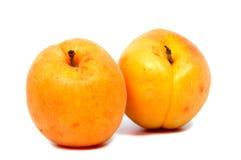 Stora saftiga persikor Användbar diet- och vegetarisk mat Royaltyfria Foton