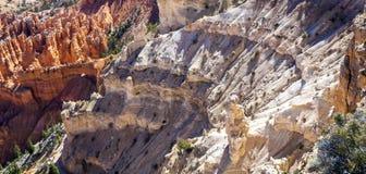 Stora tornspiror som bort snidas av erosion Royaltyfria Bilder