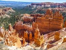 Stora tornspiror som bort snidas av erosion Arkivbilder