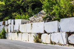 Stora vita marmorkvarter Arkivfoto