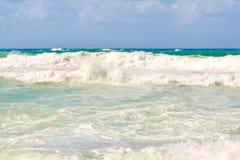 stora waves Arkivbild
