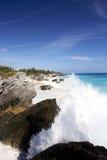 stora waves för blå sky royaltyfri bild