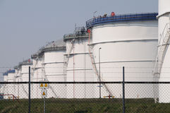Free Storage Tanks Royalty Free Stock Photos - 18143138