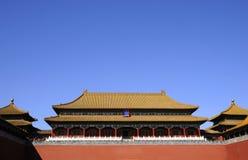 Storartad byggnad av den kinesiska kungliga slotten Royaltyfri Bild