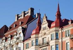 storartad rooftopstappning för facades royaltyfria bilder