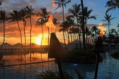 Storartad solnedgång från den Wailea semesterorten i Maui arkivfoton