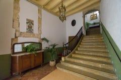 Storartad trappa i en herrgård Fotografering för Bildbyråer
