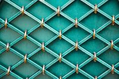 Storartade smidesjärnportar, dekorativt smide, falsk beståndsdelnärbild arkivfoto