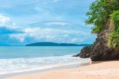 storartat landskap av det Andaman havet, Krabi landskap Royaltyfria Bilder