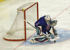 Storbritannien vs. för världsmästerskap för Ungern IIHF matt ishockey Arkivfoton