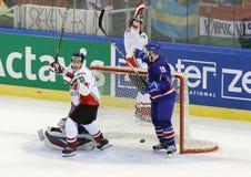Storbritannien vs. för världsmästerskap för Ungern IIHF matt ishockey Royaltyfri Fotografi