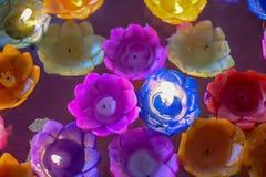 Storczykowa świeczka z światło pławikiem na wodzie zdjęcie stock